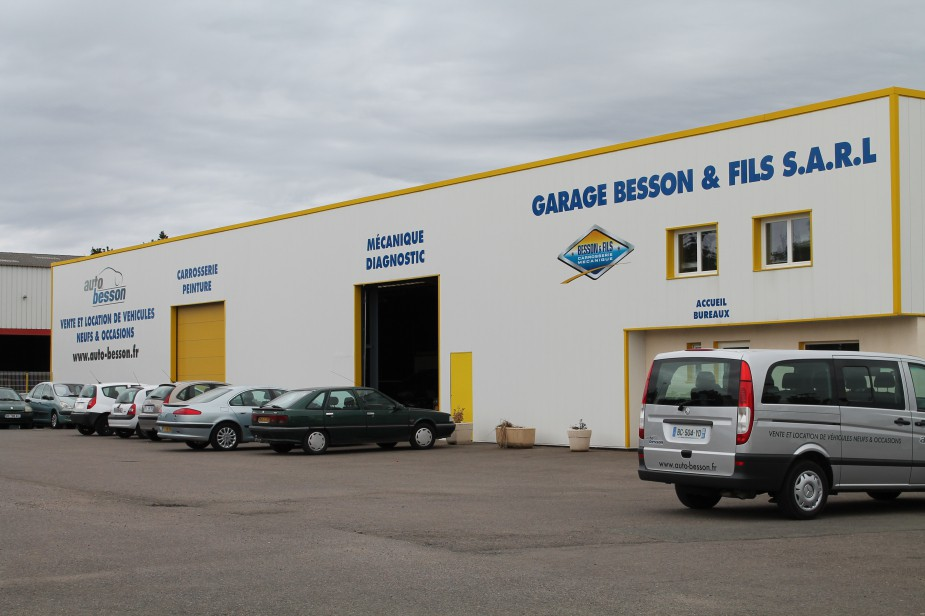 Commerces beaulieu sous la roche site officiel de la for Garage besson aizenay